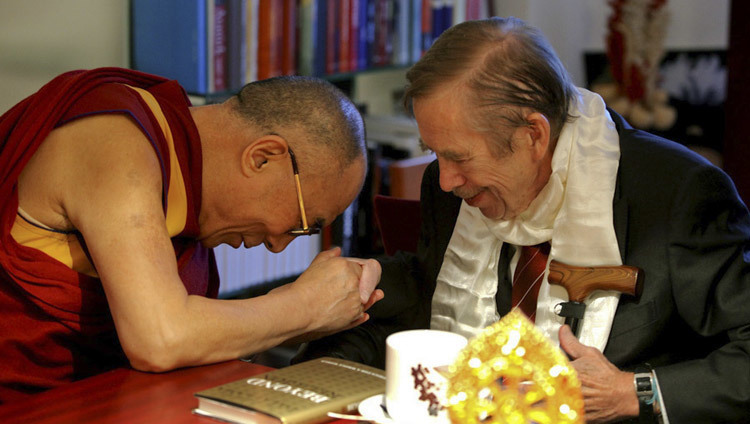 His Holiness the Dalai Lama visiting Former President of the Czech Republic Valcalv Havel at his residence in Prague, Czech Republic on December 10, 2011. (Photo/OHHDL)