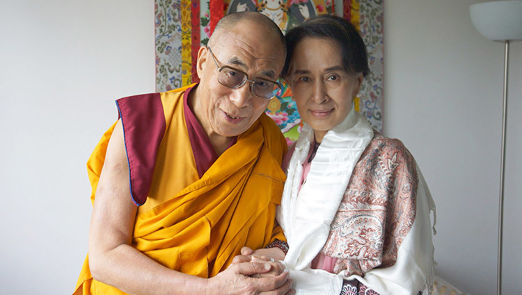 His Holiness the Dalai Lama with fellow Nobel Peace Laureate Aung Sung Suu Kyi in Prague, Czech Republic on September 15, 2013. (Photo by Jeremy Russell/OHHDL)