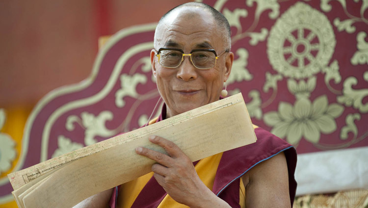 His Holiness the Dalai Lama in Frankfurt, Germany on July 31, 2009. (Photo by Manuel Bauer)