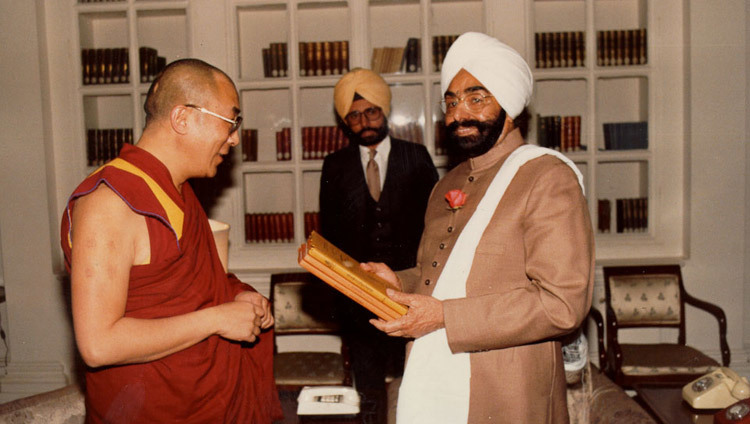 His Holiness the Dalai Lama with the President of India Giani Zail Singh in New Delhi, India on August 5, 1985.