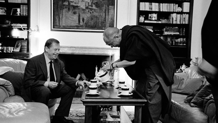 His Holiness the Dalai Lama meeting with Czech Republic President Vaclav Havel in Prague, Czech Republic on July 2, 2002.
