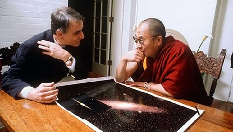 His Holiness the Dalai Lama meeting with Carl Sagan during his visit to the USA in 1991. (Photo by John Reis)