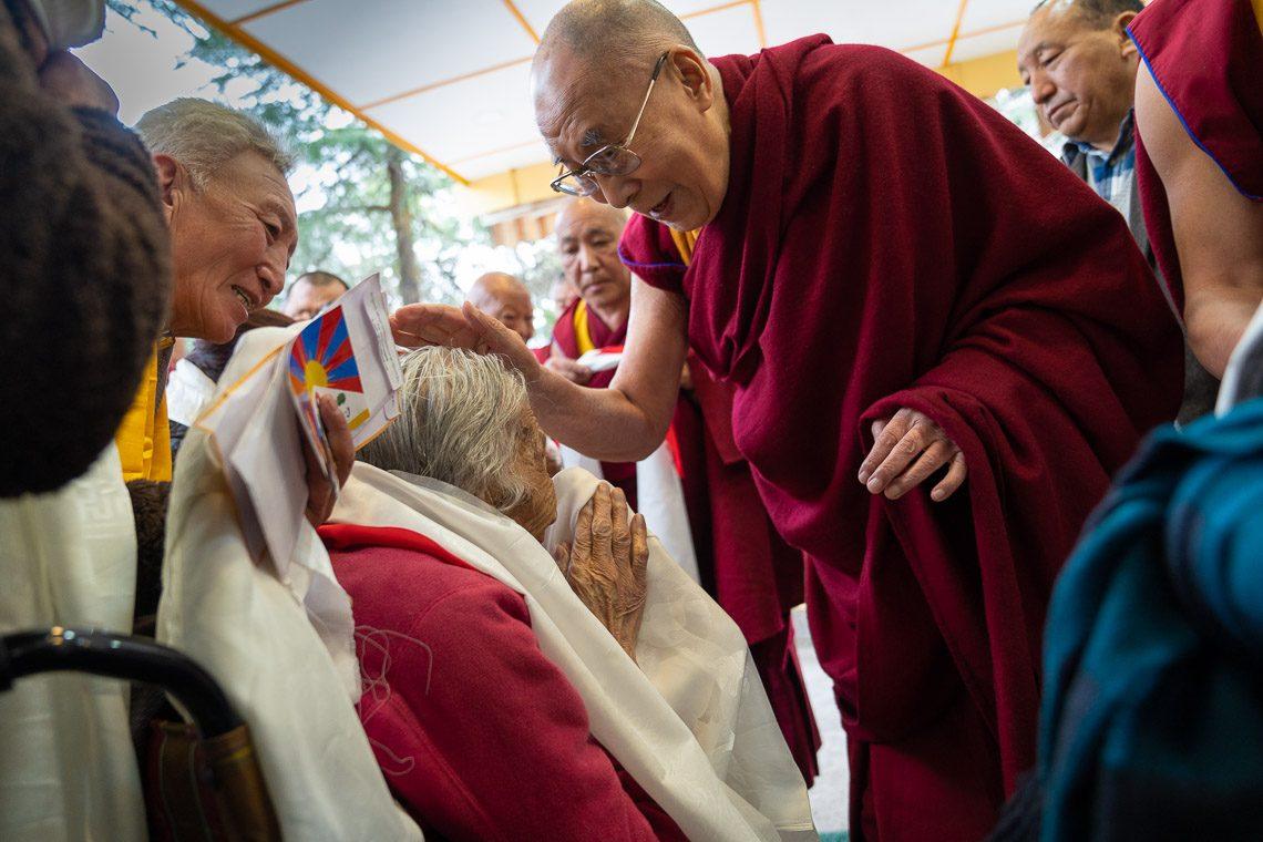 Meeting with Elderly Tibetans   The 14th Dalai Lama